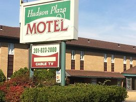 Hudson Plaza Motel photos Exterior