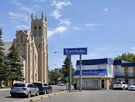 Travelodge By Wyndham Moose Jaw photos Exterior