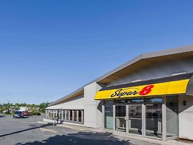 Super 8 By Wyndham Kirkland Lake photos Exterior