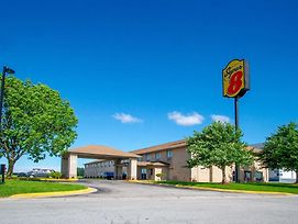 Super 8 By Wyndham Kokomo photos Exterior