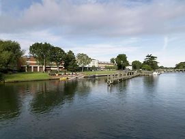 The Runnymede On Thames photos Exterior