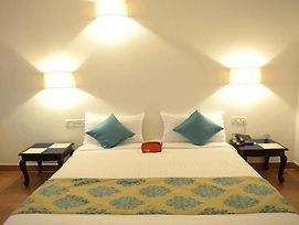Oyo Rooms Candolim Fort Aguada Road photos Exterior