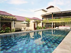 Hawaii Bali Villa photos Exterior