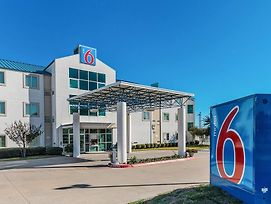 Motel 6 Ft Worth - Benbrook photos Exterior