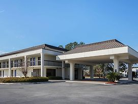 Motel 6 Savannah Midtown photos Exterior