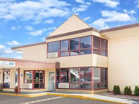 Travelodge By Wyndham Terre Haute photos Exterior