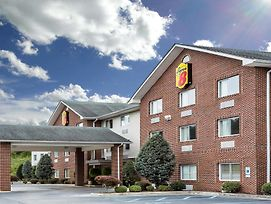 Super 8 By Wyndham Huntington Wv photos Exterior