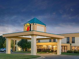 Super 8 By Wyndham Wichita South photos Exterior