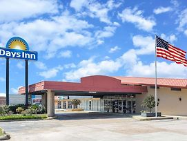 Days Inn By Wyndham Leesville photos Exterior