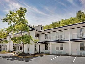 Days Inn Bar Harbor photos Exterior