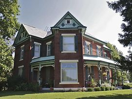 Nauvoo Grand Bed & Breakfast photos Exterior