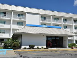 Motel 6 Boston - Danvers photos Exterior