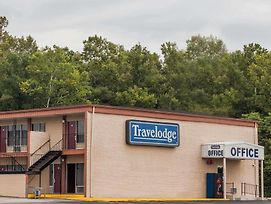 Travelodge By Wyndham Seymour photos Exterior