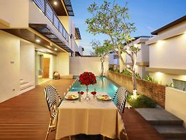 The Miracle Villa Nusa Dua photos Exterior