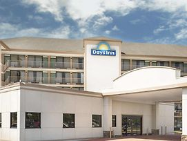 Days Inn By Wyndham Columbus-North Fort Benning photos Exterior