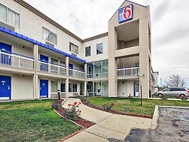 Motel 6 Columbus West photos Exterior