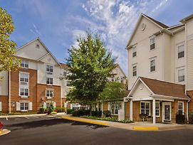 Towneplace Suites By Marriott Falls Church photos Exterior