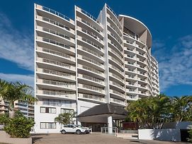 Broadbeach Savannah Resort photos Exterior