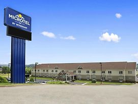 Microtel Inn & Suites By Wyndham Mineral Wells/Parkersburg photos Exterior