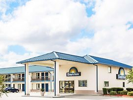 Days Inn By Wyndham Valdosta At Rainwater Conference Center photos Exterior