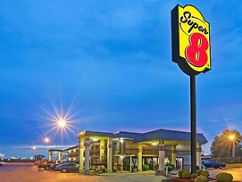 Super 8 By Wyndham Shawnee photos Exterior