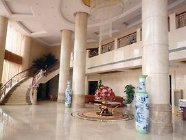 Nanchang Cheng Lake Intercontinental Hotel photos Exterior
