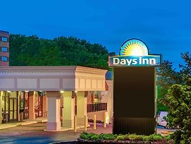 Days Inn By Wyndham Towson photos Exterior