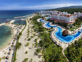Bahia Principe Luxury Runaway Bay (Adults Only) photos Exterior
