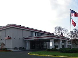 Ramada By Wyndham Painted Post Corning photos Exterior