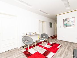 Modern Studio For 3 People In The Heart Of The City Center photos Exterior