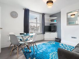 Bright Large Home In Clapham Sleeps 8 photos Exterior