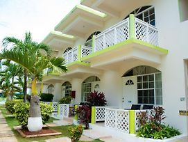 Fun Holiday Beach Resort photos Exterior