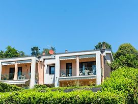 Luxury Holiday Home In Verbania With Balcony photos Exterior
