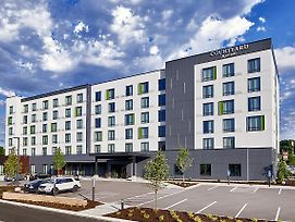 Courtyard By Marriott Minneapolis West photos Exterior