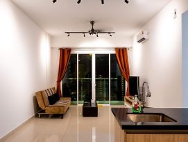Queens Suite By D Imperio Homestay photos Exterior