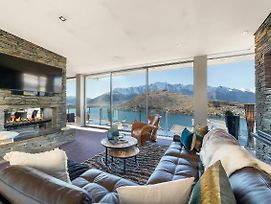Remarkable Queenstown Lake House photos Exterior