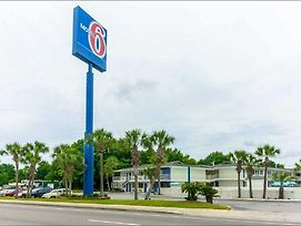 Motel 6 - Pensacola West photos Exterior