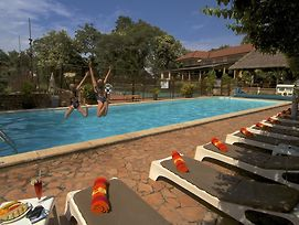 Makindye Country Club photos Exterior