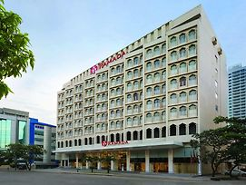 Ramada Colombo photos Exterior