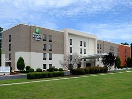 Holiday Inn Express Hotel & Suites Research Triangle Park photos Exterior