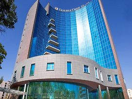 Doubletree By Hilton Hotel Yerevan City Centre photos Exterior
