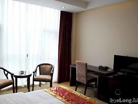 Chengdu Jin Hee Impression Hotel photos Exterior