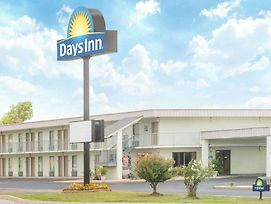 Days Inn By Wyndham Ripley photos Exterior