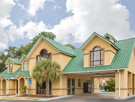 Howard Johnson By Wyndham Dothan photos Exterior