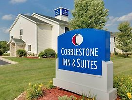 Cobblestone Inn & Suites - Clintonville photos Exterior