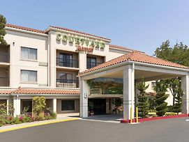 Courtyard By Marriott Livermore photos Exterior
