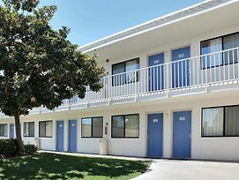 Motel 6 Atascadero photos Exterior