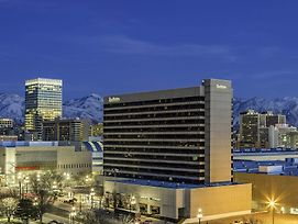 Radisson Hotel Salt Lake City Downtown photos Exterior