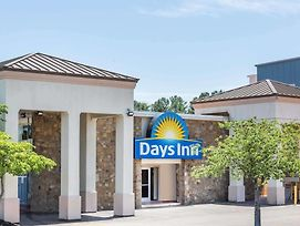 Days Inn By Wyndham Charlottesville/University Area photos Exterior