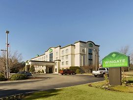 Wingate By Wyndham Fayetteville/Fort Bragg photos Exterior
